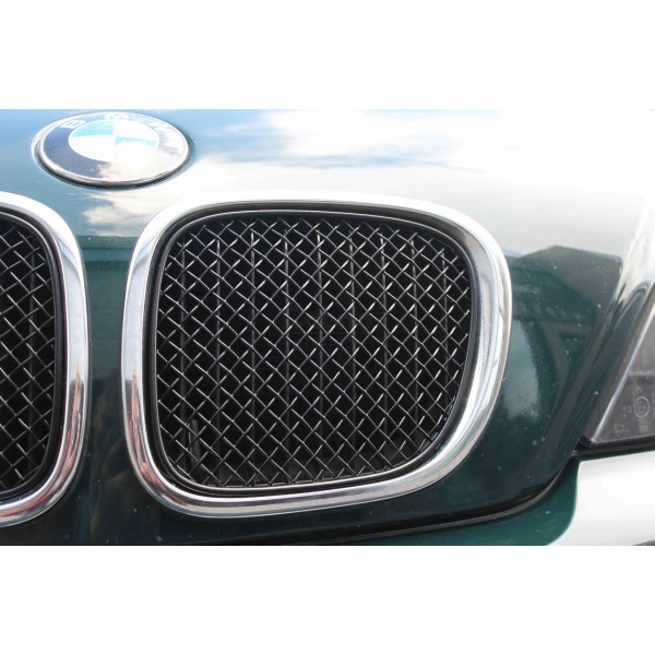 BMW Z3 Front Grill Set Silver finish 1996 to 2002