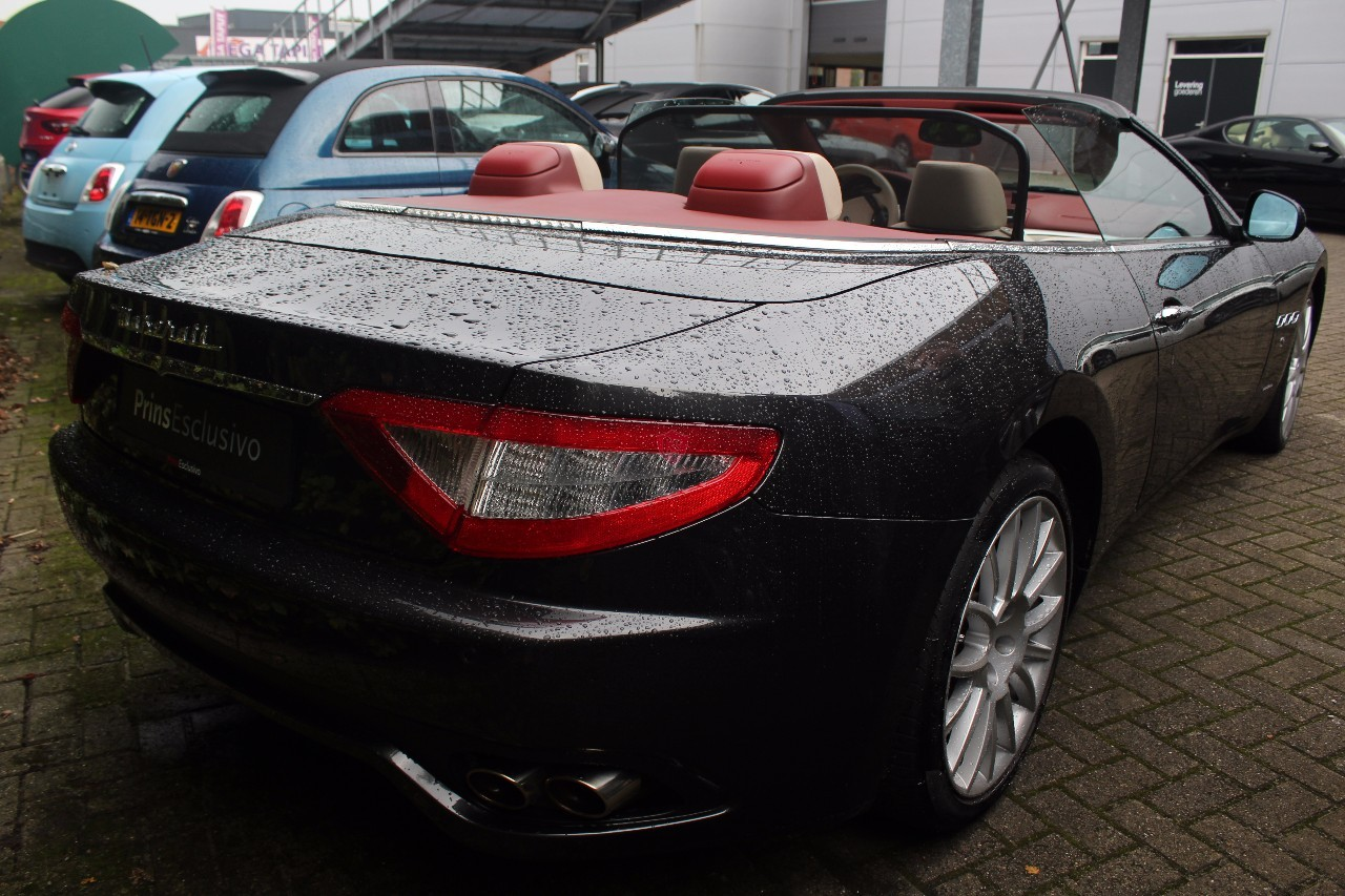 Aperta Wind deflector fits Maserati GranCabrio GranTurismo Black tailor made windblocker Draft-stop wind stop Maserati convertible